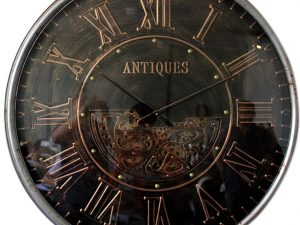 Horloge murale antique avec engrenages