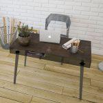 Bureau avec plateau en céramique a beaucoup de classe et d'élégance
