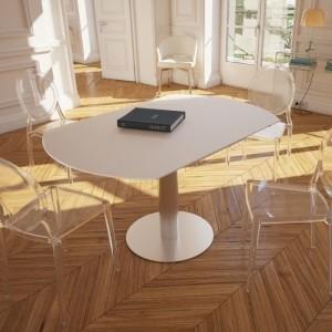 Chaise transparente en polycarbonate