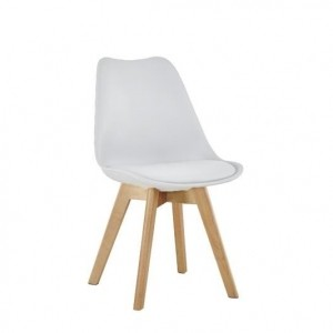 Chaise au style scandinave couleur blanche