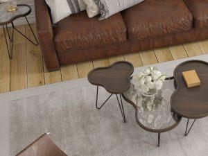 Bout de canapé en forme de fleur bois noyer