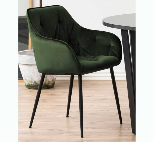 Chaise avec des accoudoirs pour la salle à manger velours vert